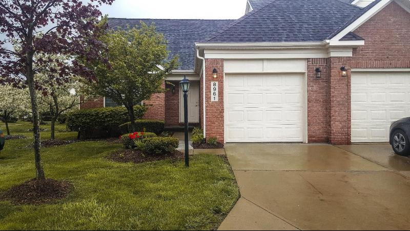 Listing Photo for 8961 Hardwood Drive