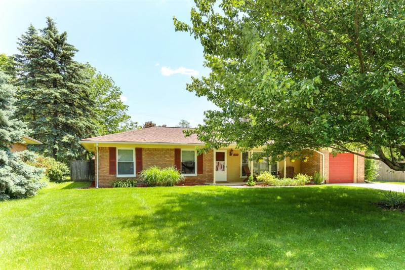 Listing Photo for 2927 Oakdale Drive