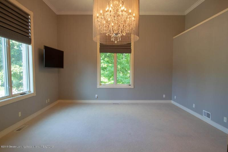 Listing Photo for 16800 Thorngate Road