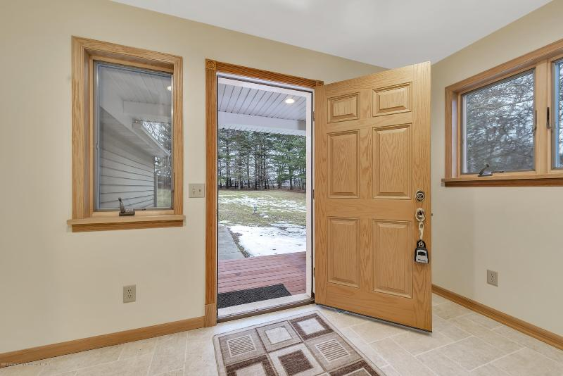 Listing Photo for 2589 Hagadorn