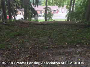 Listing Photo for 608 E Grand River Avenue