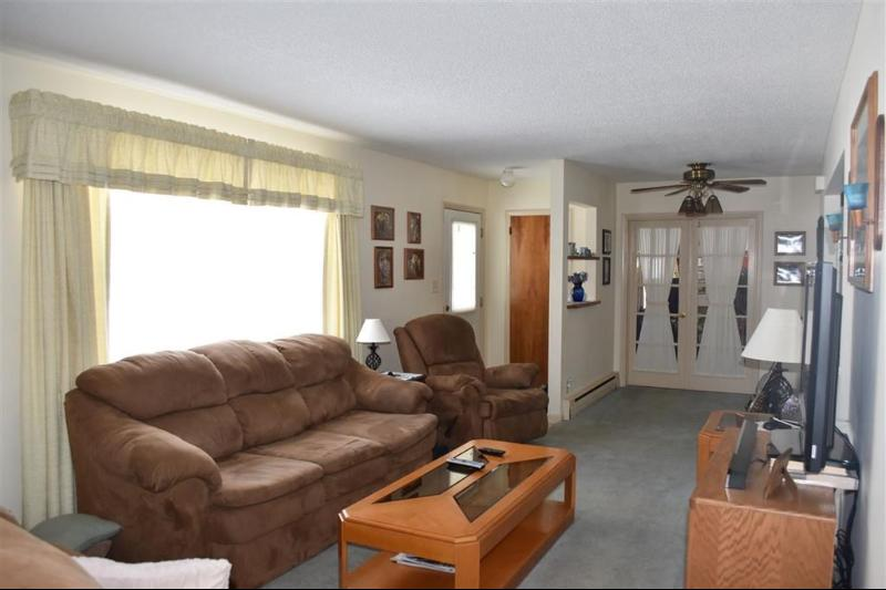 Listing Photo for 402 Collingwood