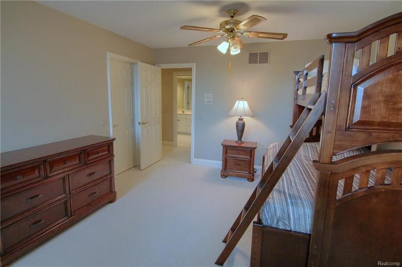 Listing Photo for 2972 Heron Pl