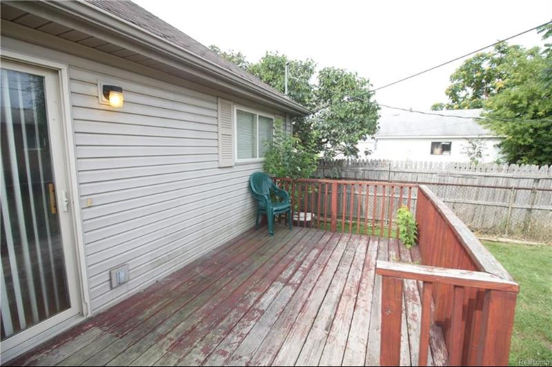 Listing Photo for 17735 Longfellow St