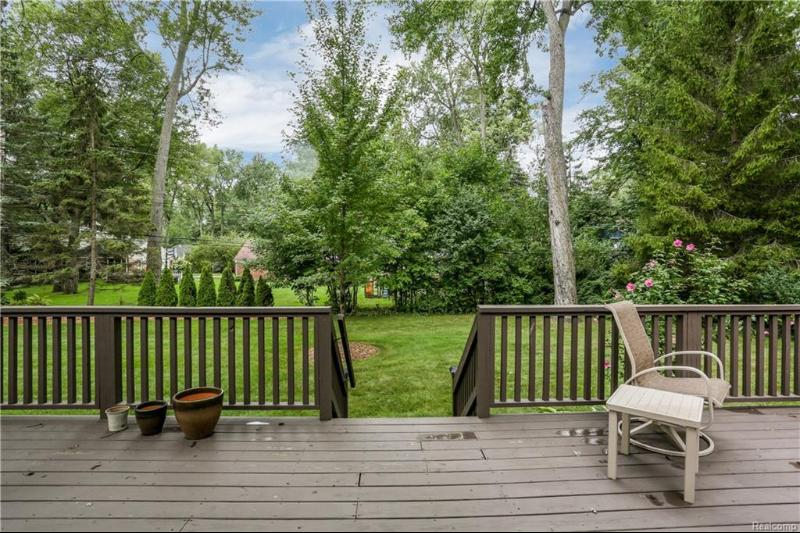 Listing Photo for 3175 Wendover Rd