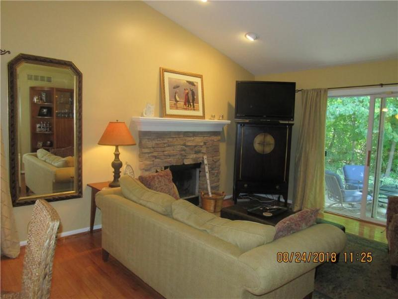 Listing Photo for 5760 Shannon Ln