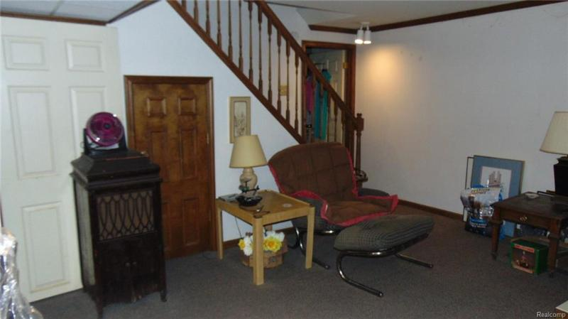 Listing Photo for 5384 Breeze Hill Pl