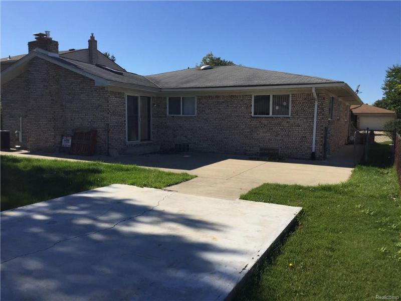 Listing Photo for 38224 Sumpter