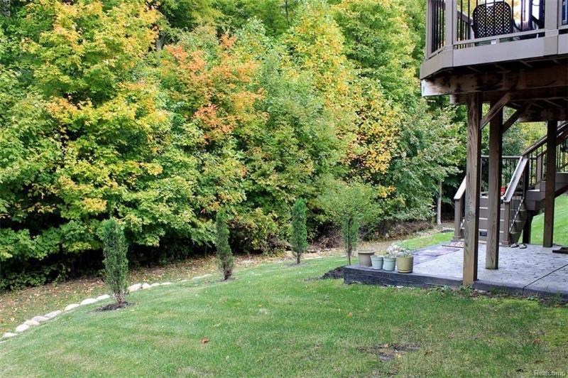 Listing Photo for 28266 Wolcott Dr