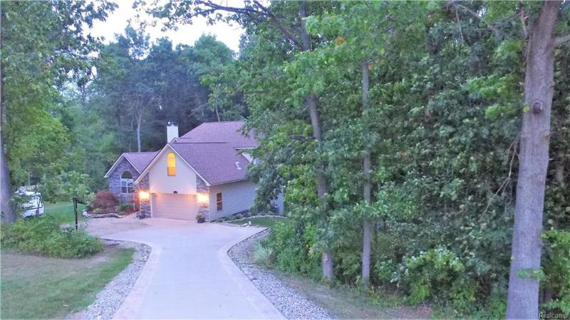 Listing Photo for 13275 Old Oaks Dr