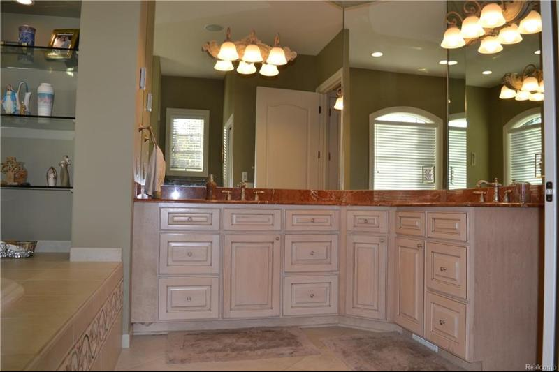 Listing Photo for 4605 Hidden Glen Cir