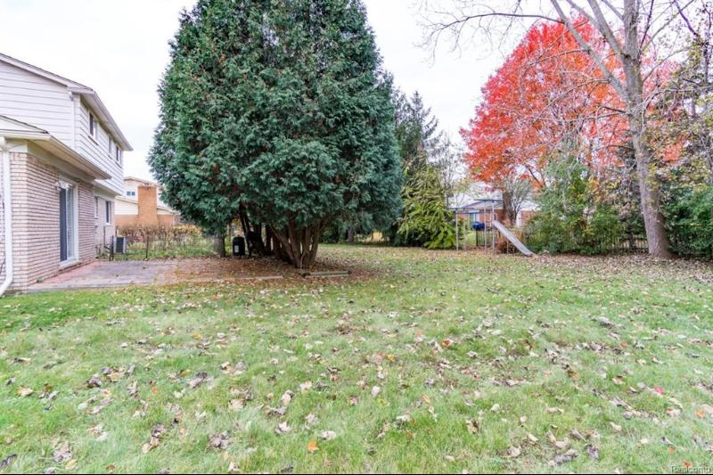 Listing Photo for 5385 Falmouth Dr