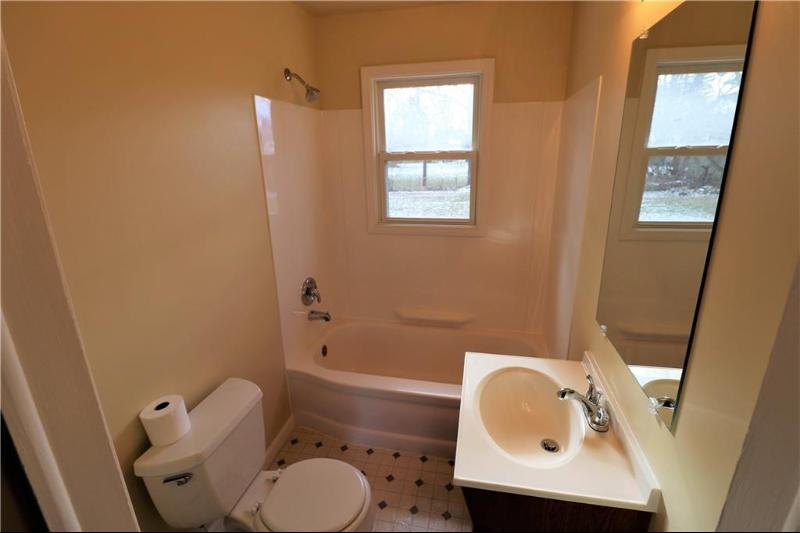 Listing Photo for 2164 Kenneth St