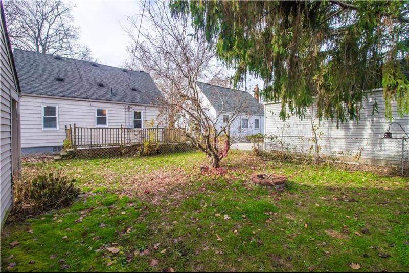 Listing Photo for 740 Meadowdale St