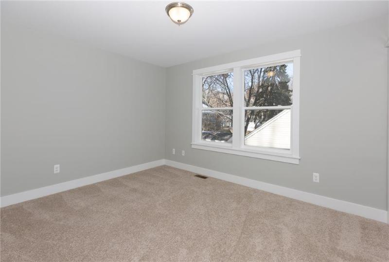 Listing Photo for 711 N Alexander Ave