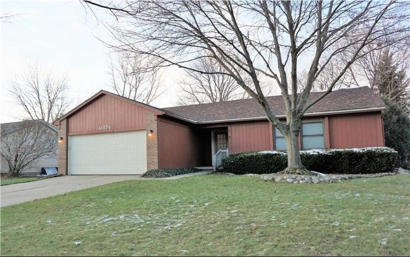 Listing Photo for 40174 Sandpoint Way
