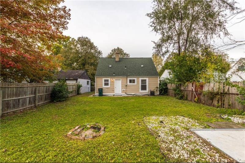 Listing Photo for 1242 E Evelyn Ave