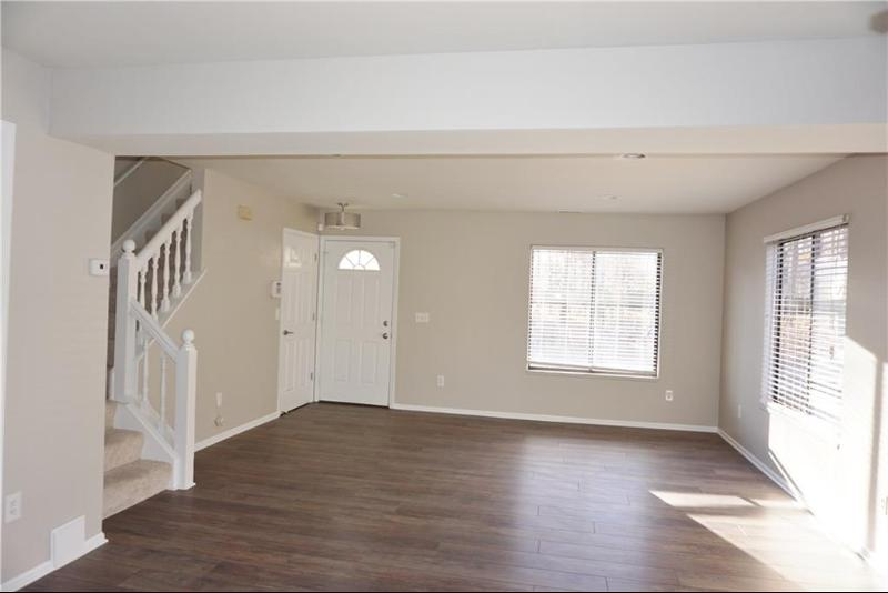 Listing Photo for 1515 Streamwood Crt