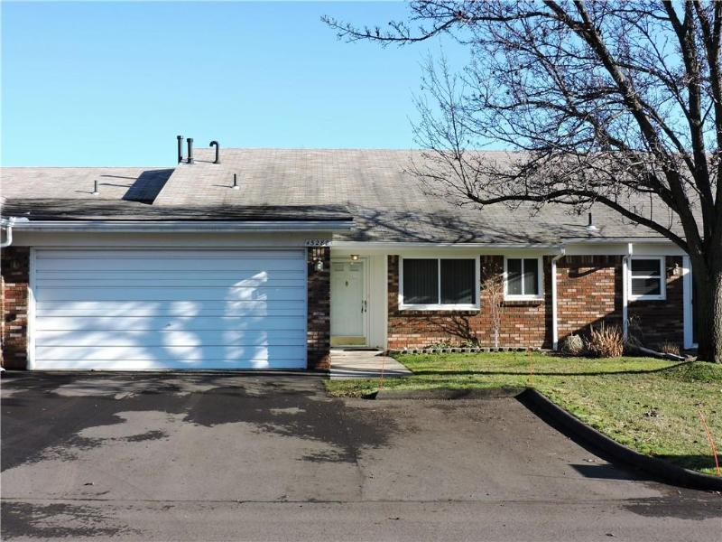 45280 Universal Crt, Shelby Township