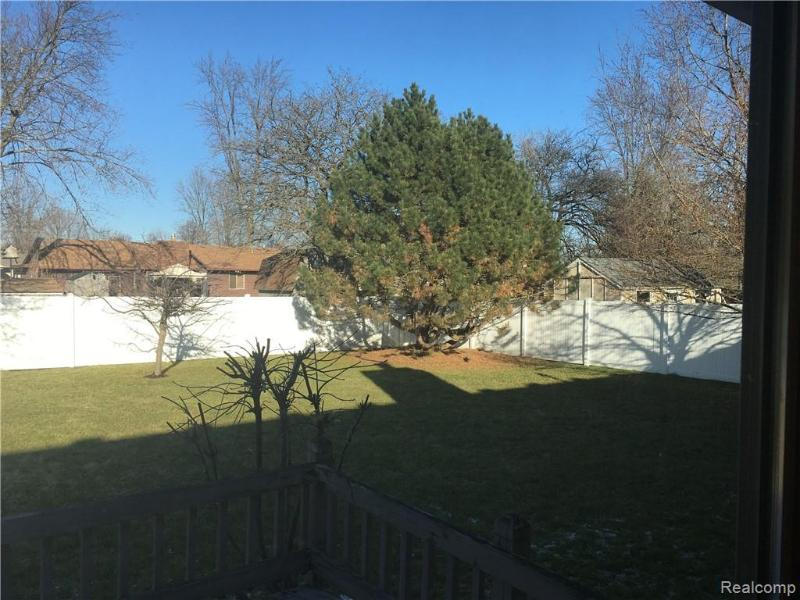 Listing Photo for 5076 Wyndemere Sq