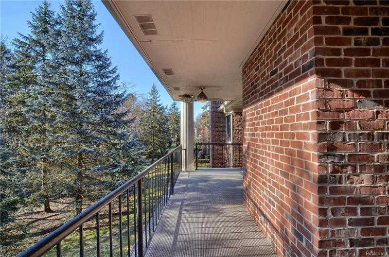 Listing Photo for 81 Barden Crt