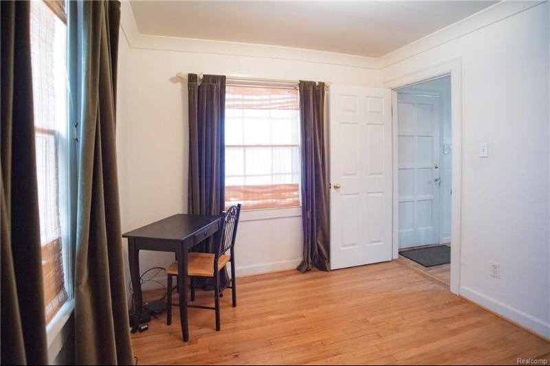 Listing Photo for 250 E Troy St
