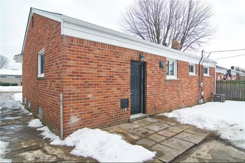Listing Photo for 28747 Edward Ave
