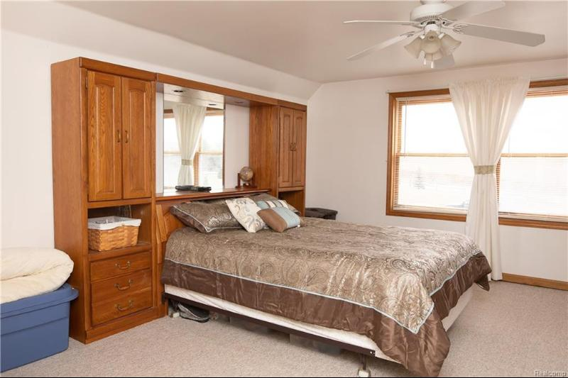 Listing Photo for 5892 Dryden Rd