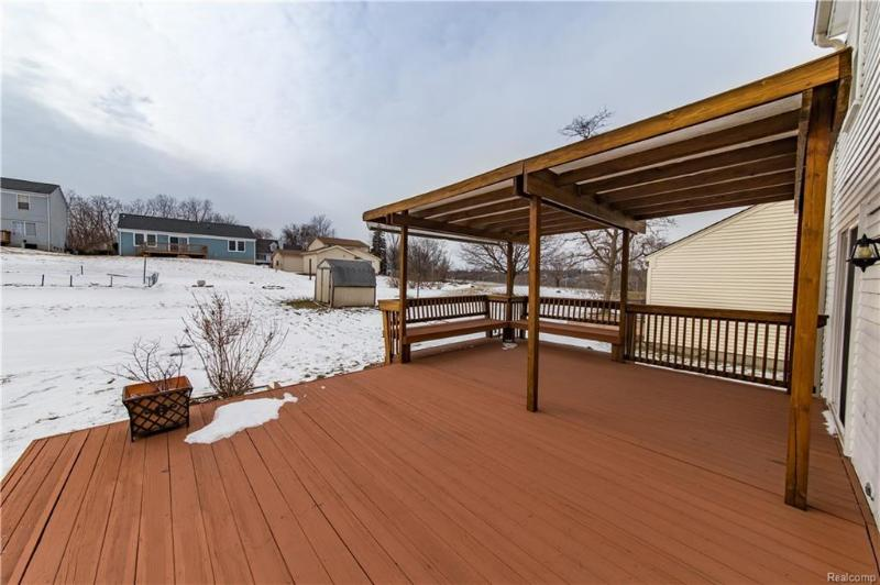 Listing Photo for 131 Hilldale Dr
