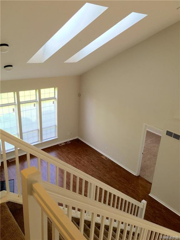 Listing Photo for 5440 High Ridge