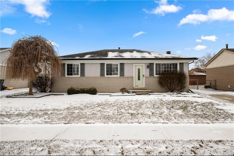 Listing Photo for 19804 Rosin Dr