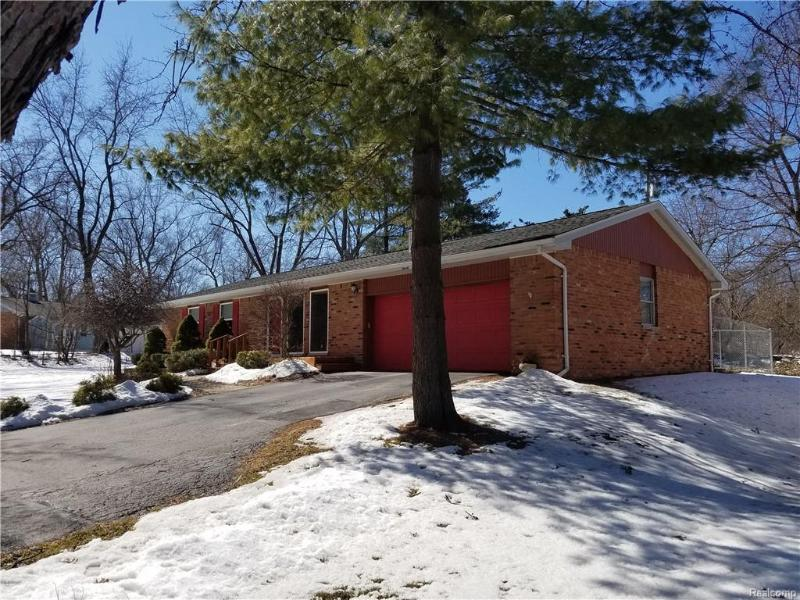 Listing Photo for 9231 Seneca Dr