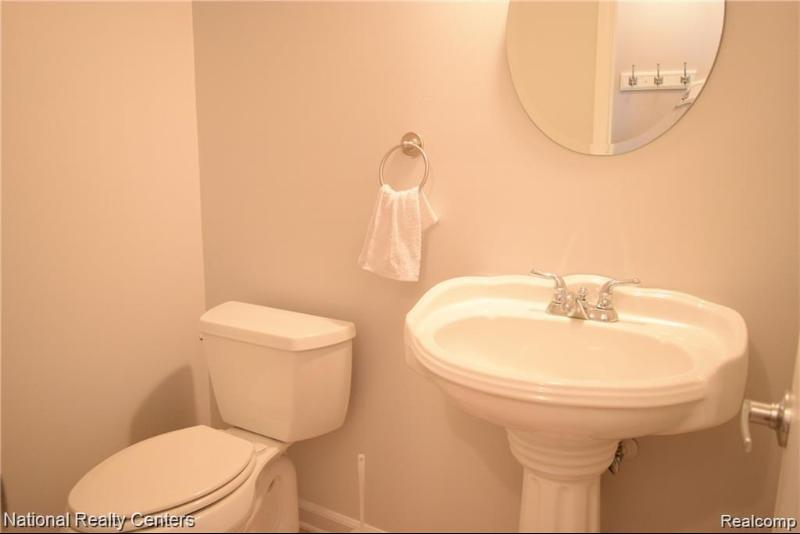 Listing Photo for 440 Miller Ave 35