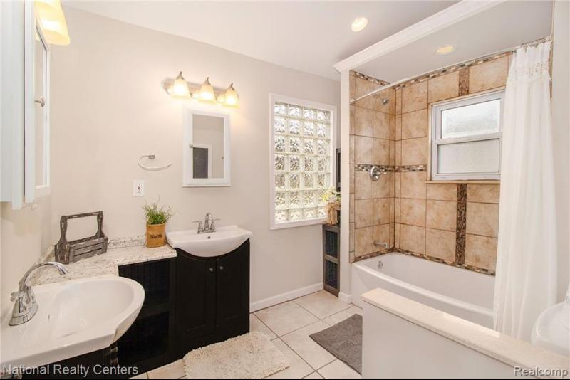Listing Photo for 24041 Murray St