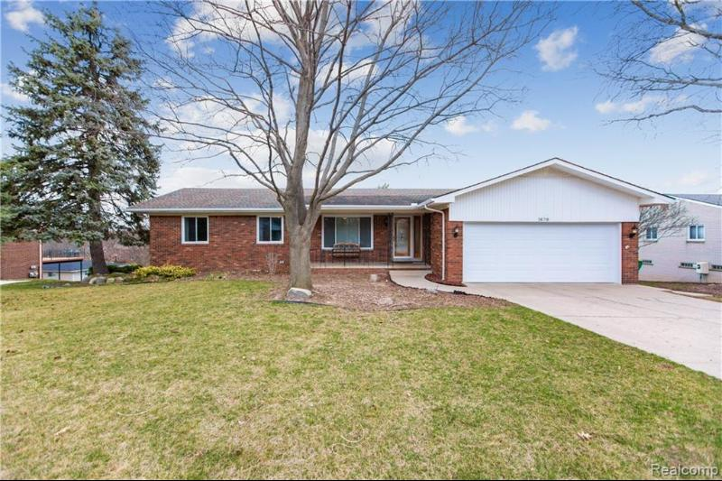 Listing Photo for 36718 Lansbury Ln