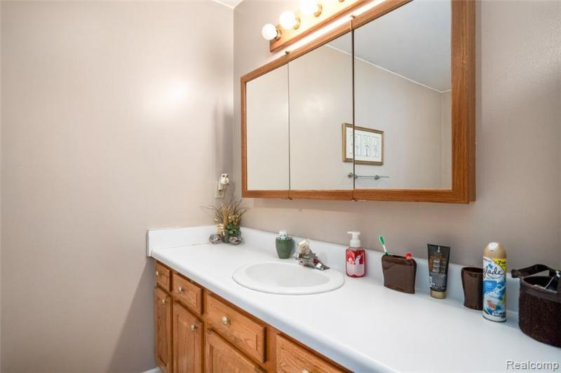 Listing Photo for 1005 Emerald Crt