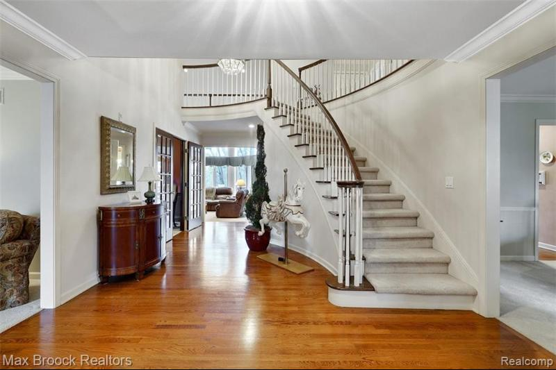 Listing Photo for 3075 Woodcreek Way