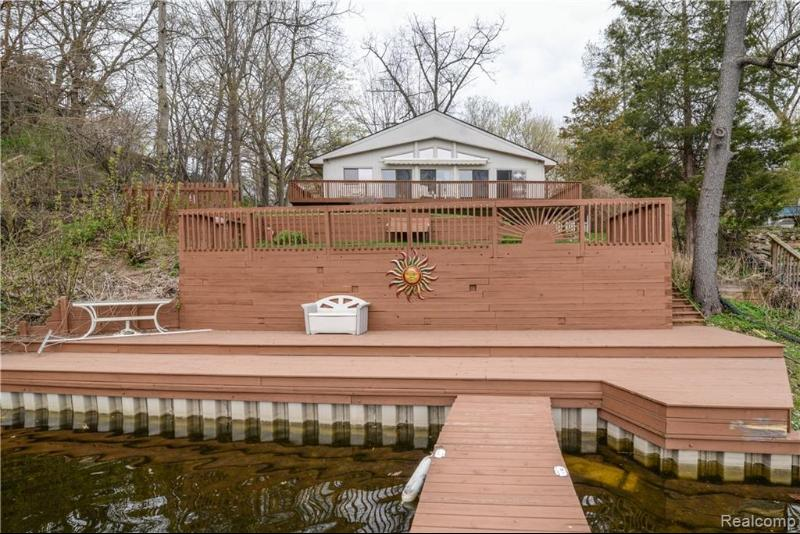 Listing Photo for 11380 Riverbank Ln