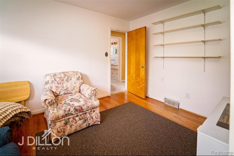 Listing Photo for 6427 Elizabeth St