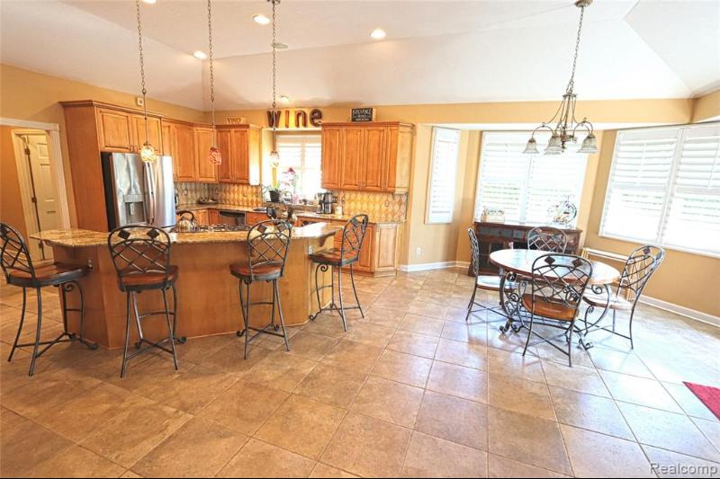 Listing Photo for 35359 Curtis Rd