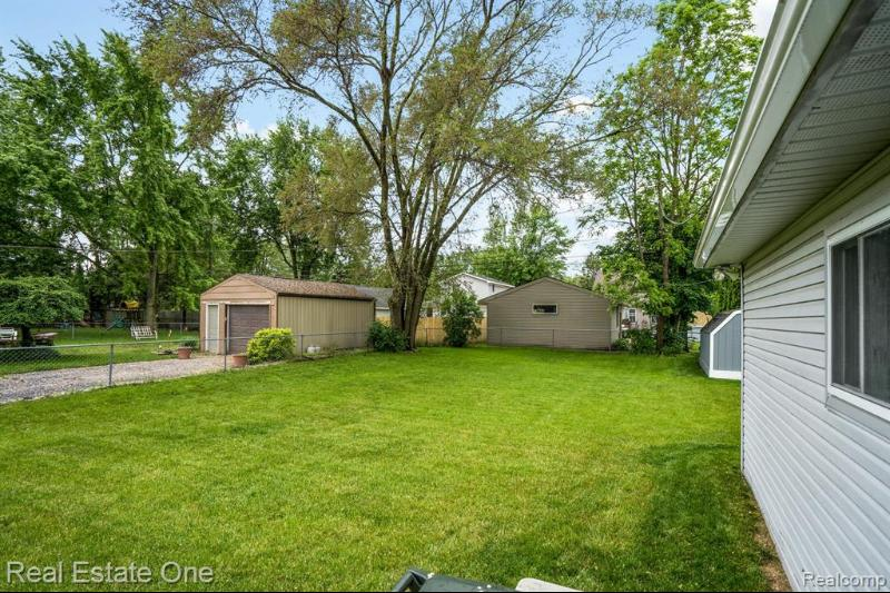 Listing Photo for 2350 Emmons Ave
