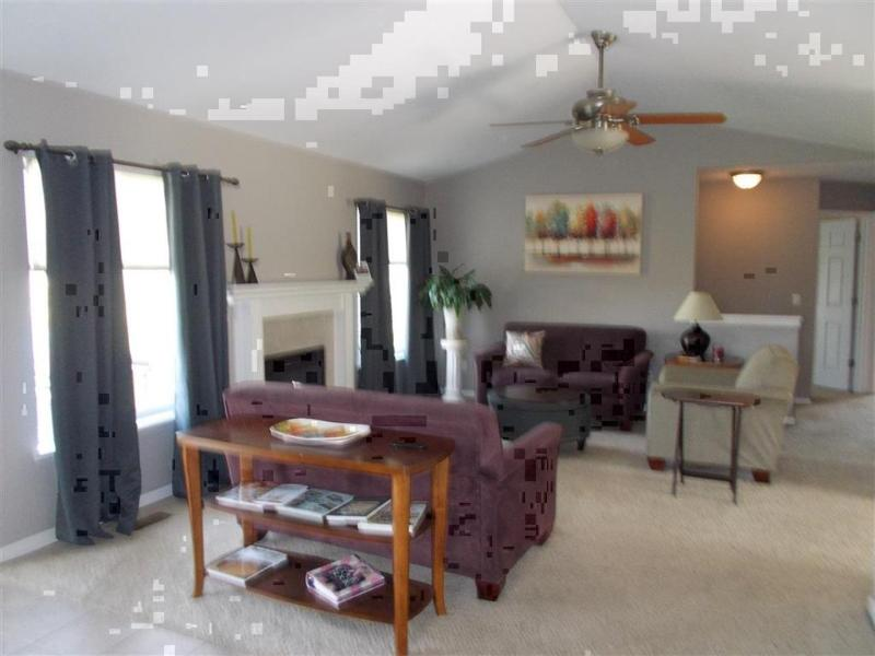 Listing Photo for 8205 Peninsula Circle