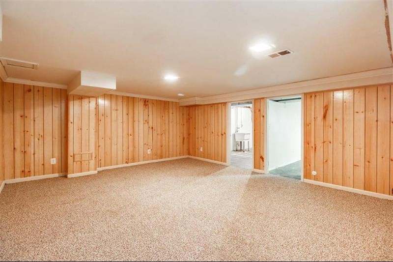 Listing Photo for 2189 Village West Drive