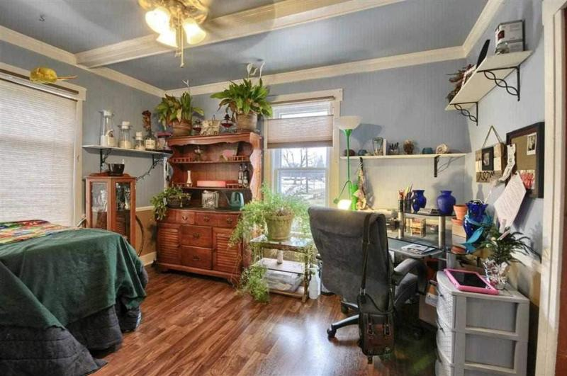 Listing Photo for 312 N Genesee Street