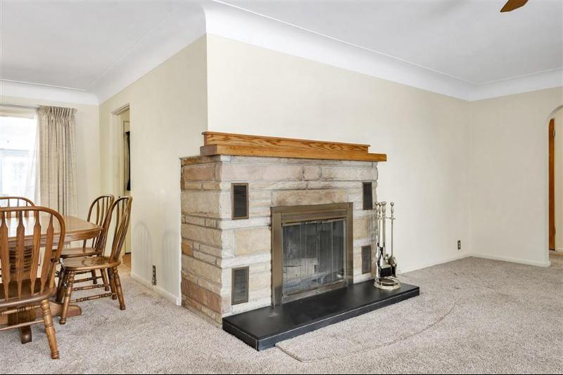Listing Photo for 631 W South Street