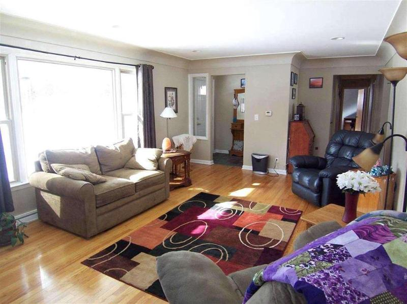 Listing Photo for 1012 Kay Street