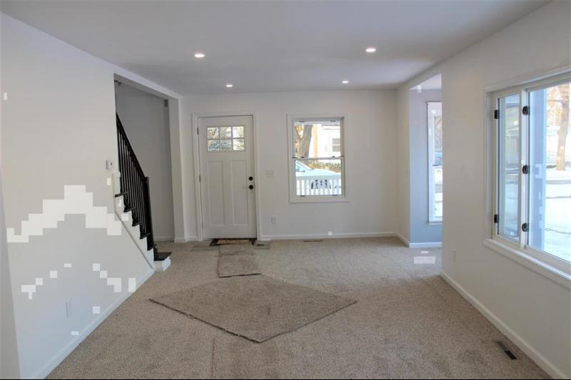 Listing Photo for 415 W Mcarthur Street