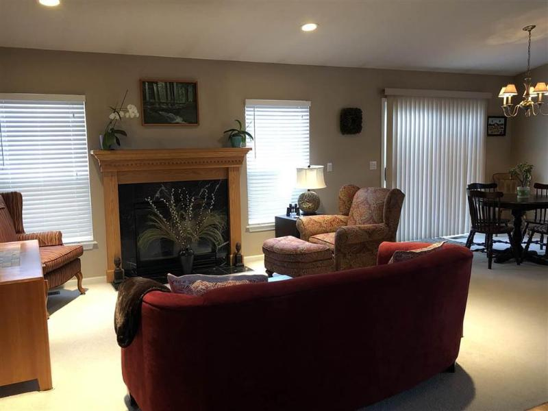 Listing Photo for 1247 Crystal Pointe Circle