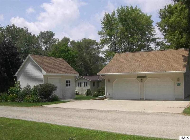 Listing Photo for 106 White Lake Rd