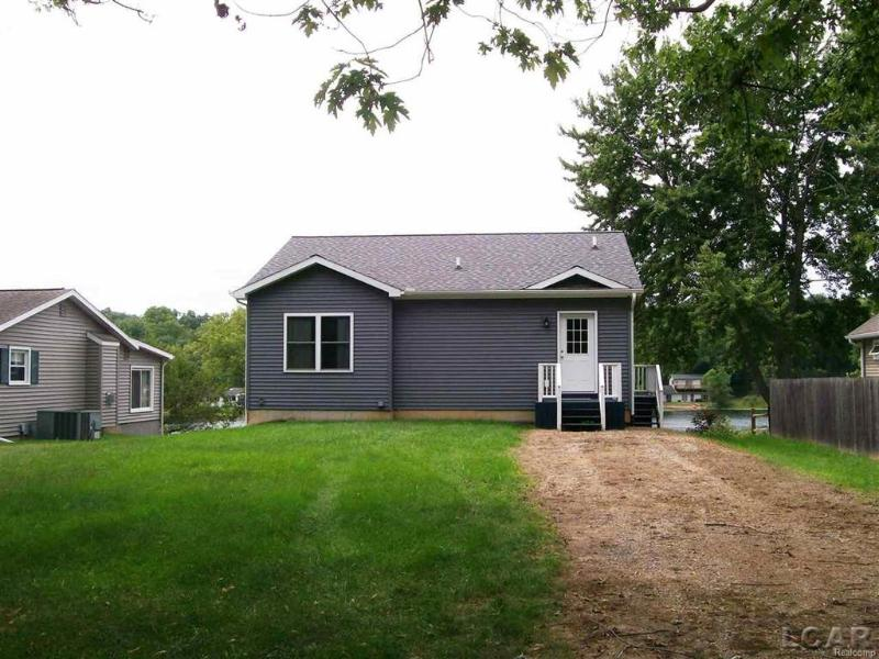 Listing Photo for 120 White Lake Dr